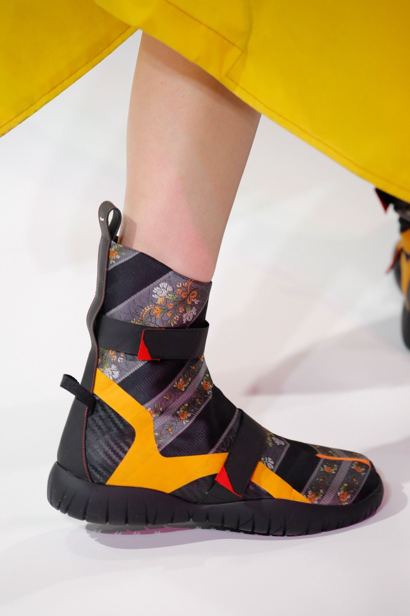 Maison Margiela(メゾンマルジェラ)スニーカーブーツ