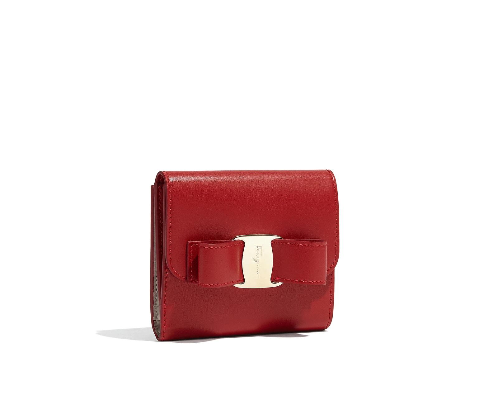 Salvatore Ferragamo(サルヴァトーレ フェラガモ) ヴァラ二つ折り財布