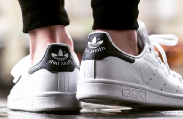 adidas(アディダス)STAN SMITH