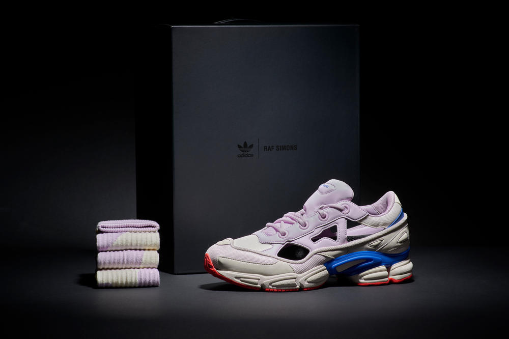 https___hypebeast.com_wp-content_blogs.dir_6_files_2018_06_raf-simons-adidas-ozweego-rs-replicant-fourth-of-july-release-date-1