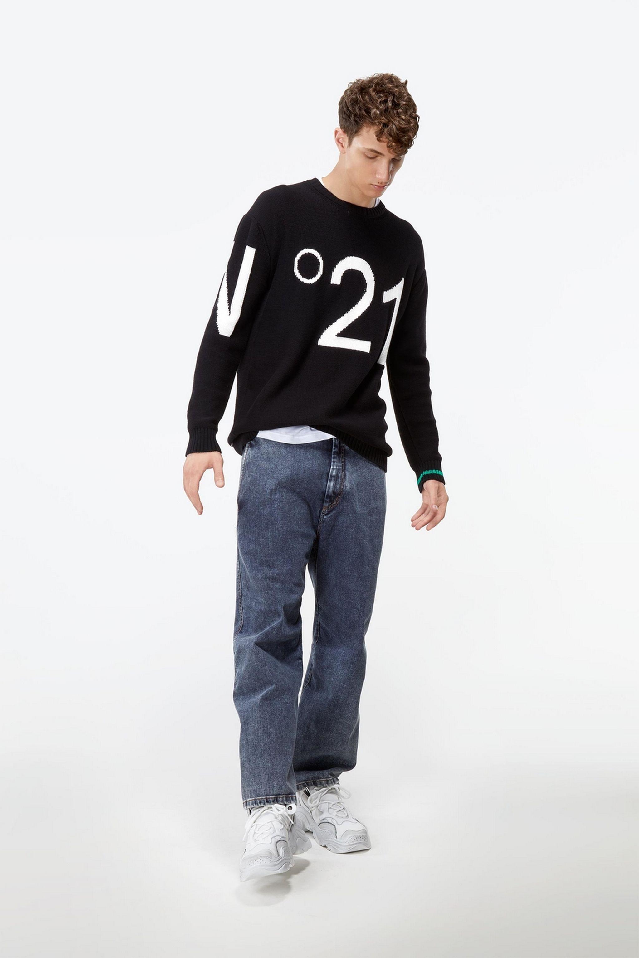 no21-crew-neck-logo-sweater_13147230_15513099_2048