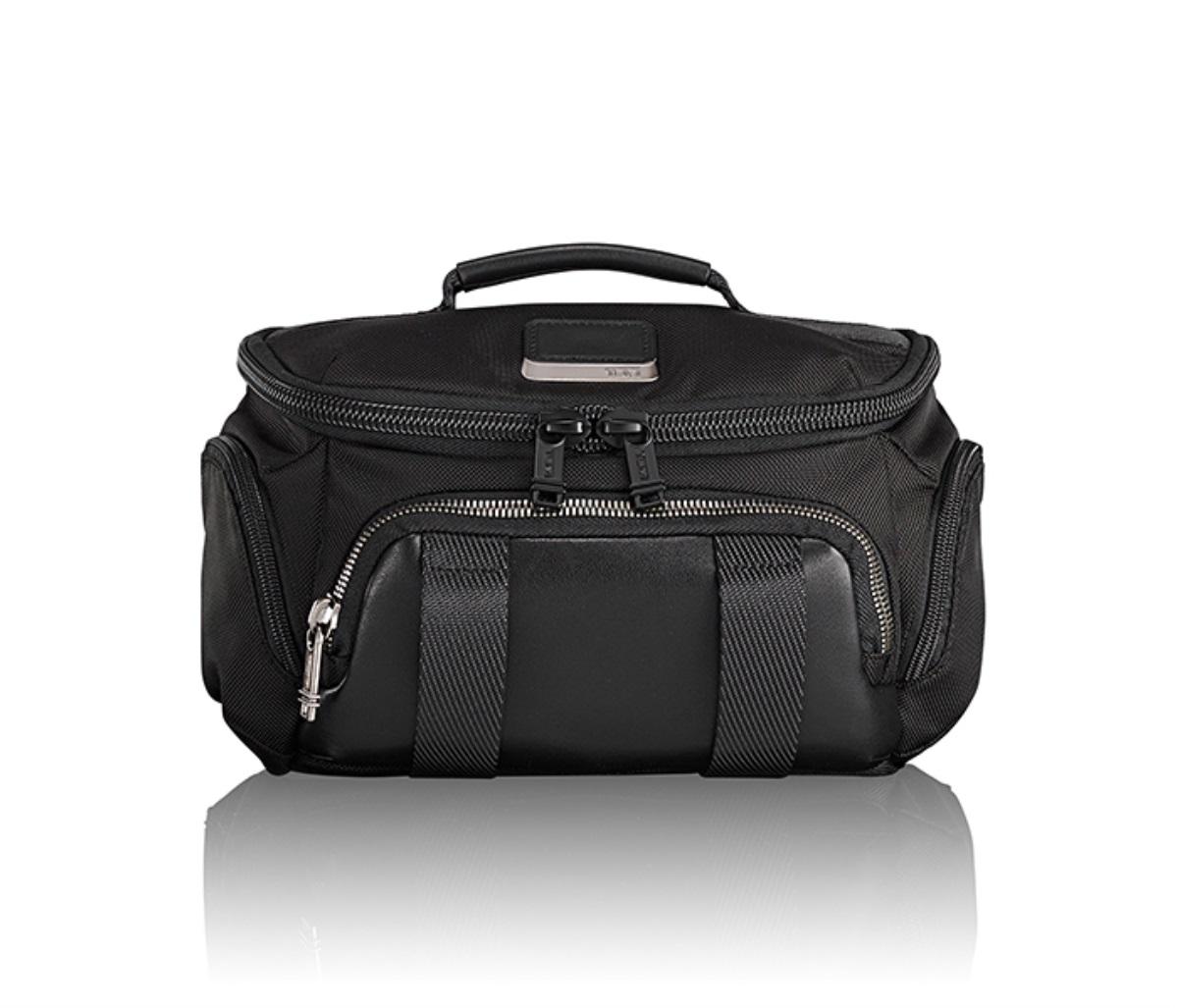 TUMI(トゥミ) ベルトバッグ