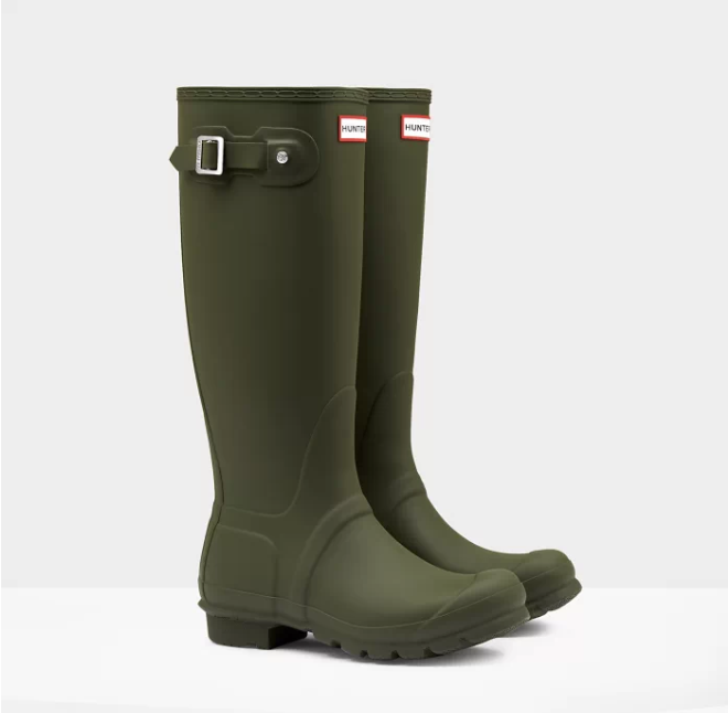 hunter rain boots.png2