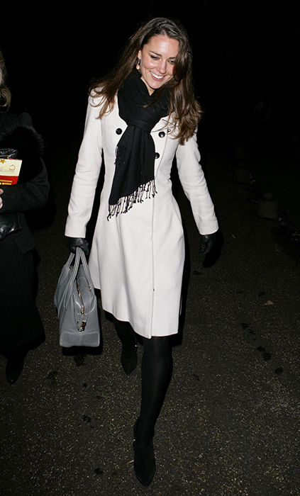 kate-middleton-white-tote-z